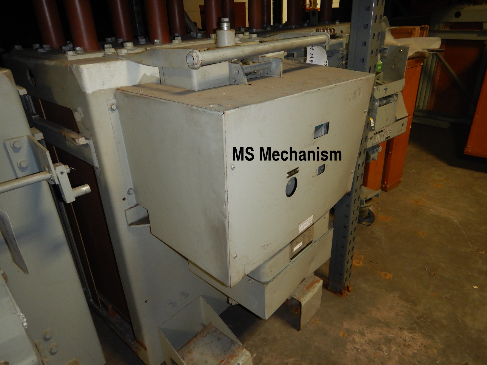 Magne-Blast breaker with MS mechanism.