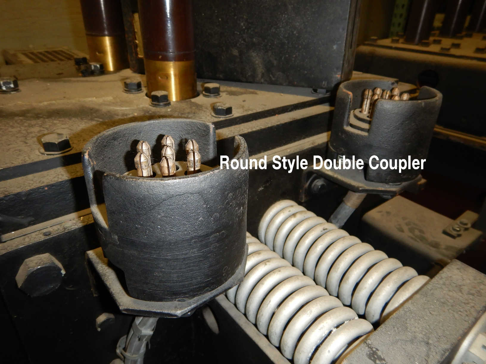 Round style double couple Magne-Blast breaker.